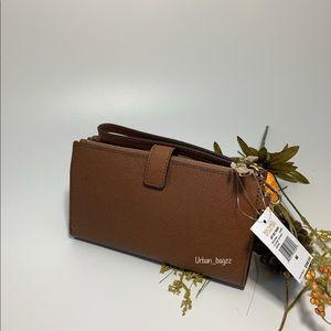 Michael Kors Bags - Michael Kors JST Large Double Zip Wristlet Wallet
